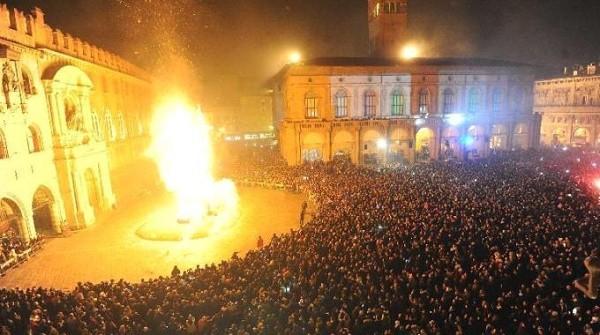 Capodanno-a-Bologna-rogo-vecchione.jpg